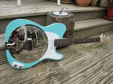 """Lovely surf blue Sollophonic, with an Entwistle pickup, white pearl scratchplate and control plate, Single bound body, rosewood neck, this pre-ordered guitar is a real sweet one. New owners says """"Its fantastic, many thanks. We are very grateful to you for keeping us informed throughout the process-your customer service is exceptionally good."""""""