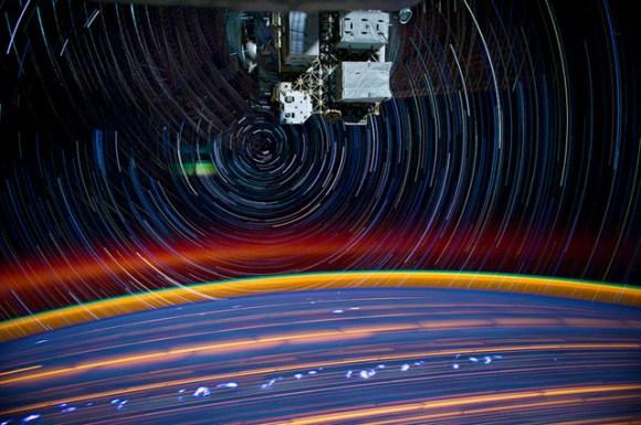 Fotos em longa exposição do espaço (2)