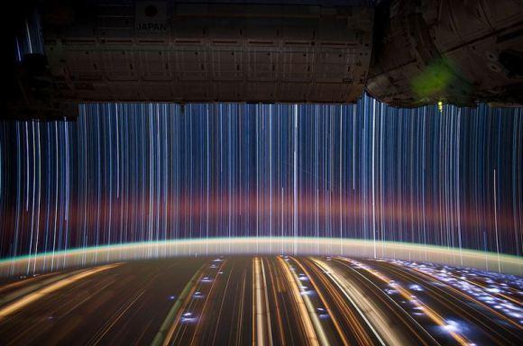 Fotos em longa exposição do espaço (8)