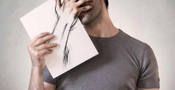 Ilustrações interagem com fotografias no trabalho deste artista