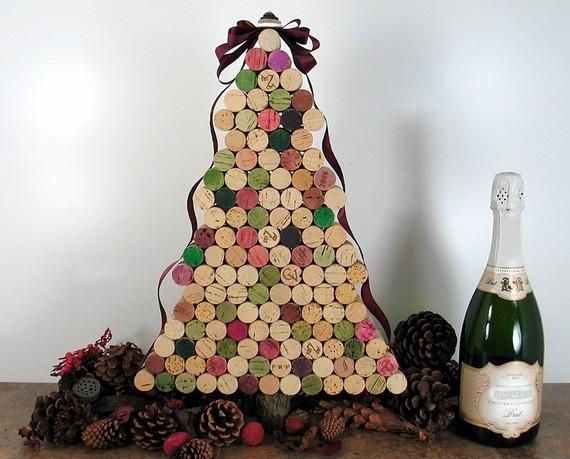 Árvore de Natal com rolha de garrafa
