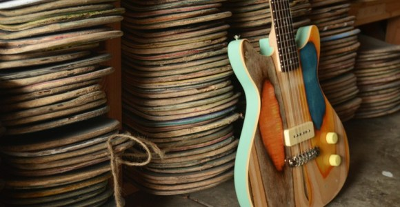 Designer transforma skates velhos em lindas guitarras coloridas