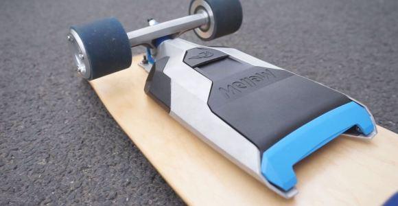 Esse motor elétrico pode ser acoplado a qualquer skate