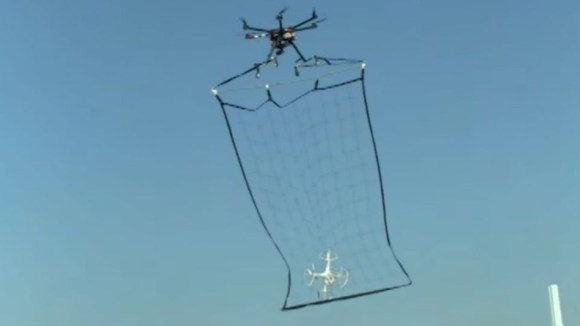 drone-catching-drone[1]