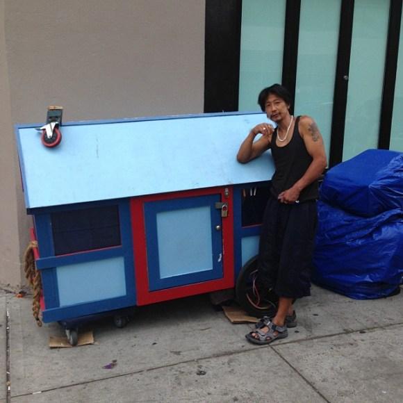 Casas de sucata para moradores de rua 10