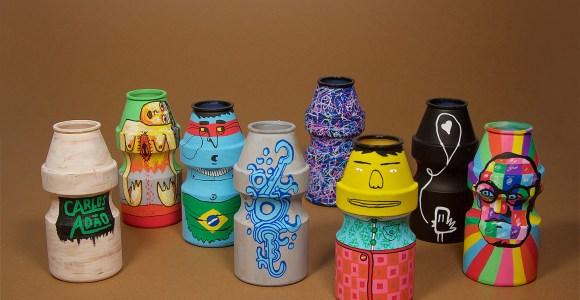 """Esses potes vazios de Yakult ficaram lindos depois de """"grafitados"""" por designer brasileiro"""