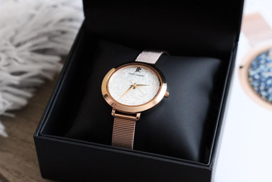 details-montre-pierre-lannier-cristal-swarovski