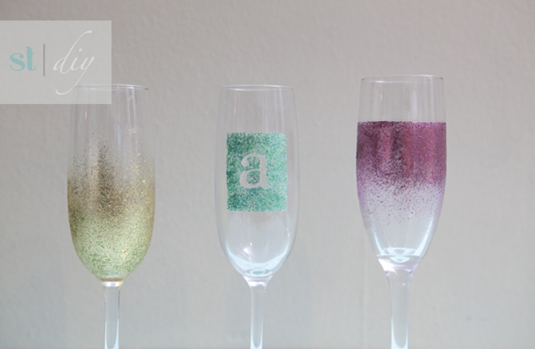 glam glitter DIY champagne glasses from SomethingTurquoise.com