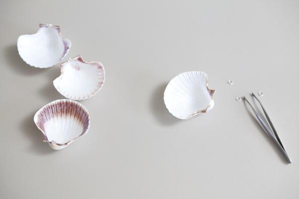 ST_DIY_seashell_seating_cards_0003.jpg