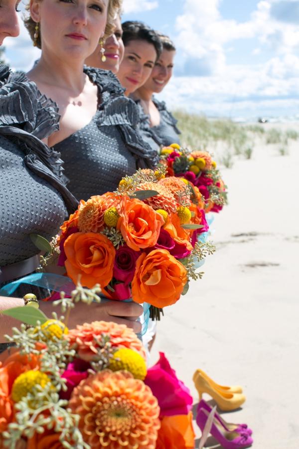 ST_Lizzie_Photo_colorful_diy_wedding_0014.jpg