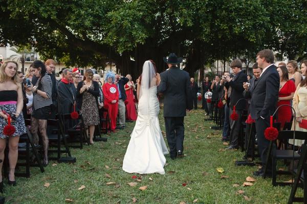 ST_Carrie_Wildes_Photography_halloween_wedding_0019.jpg