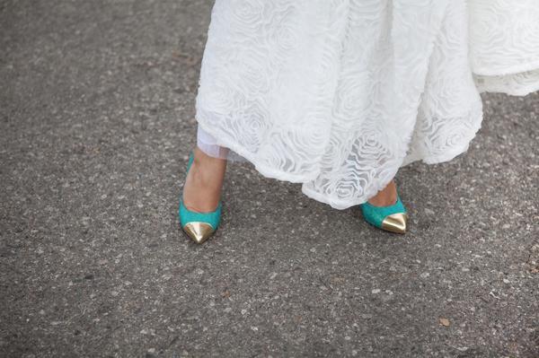 ST_DIY_glittered_statement_heels_0013.jpg