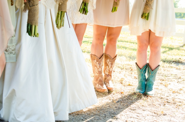 ST_Elizabeth_Henson_Photos_rustic_DIY_wedding_0012.jpg