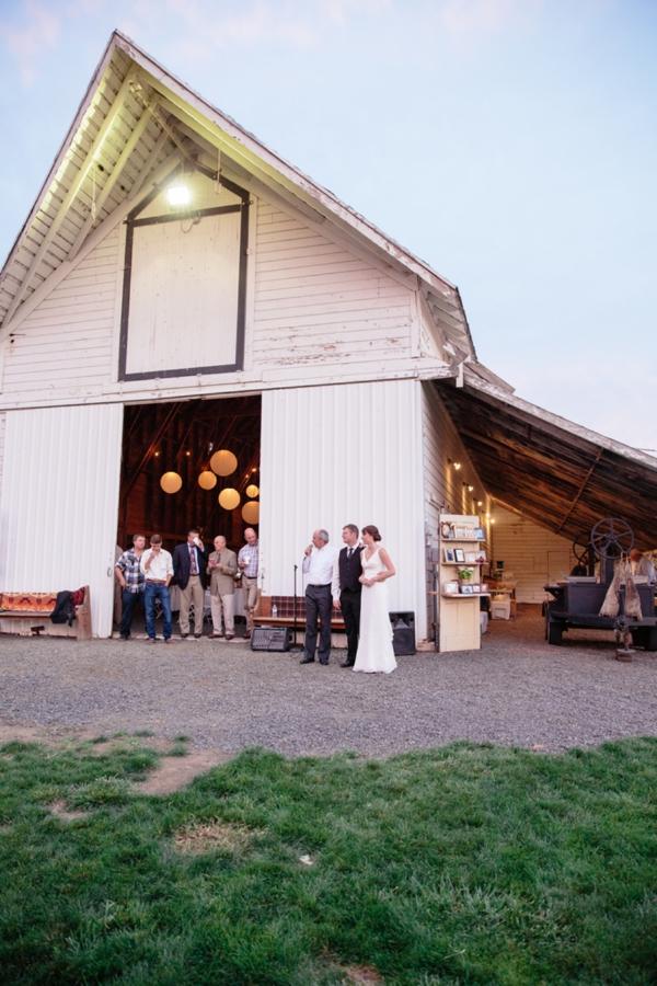 SomethingTurquoise_rustic_DIY_wedding_Captured_by_Corrin_0038.jpg