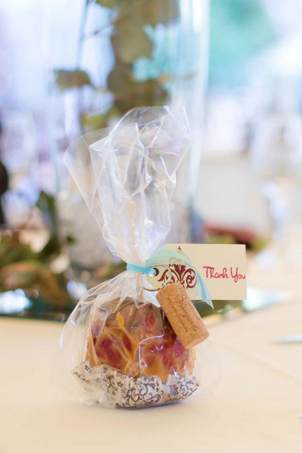SomethingTurquoise_turquoise_vinyard_wedding_TamaraPizzeckPhotography_0032.jpg