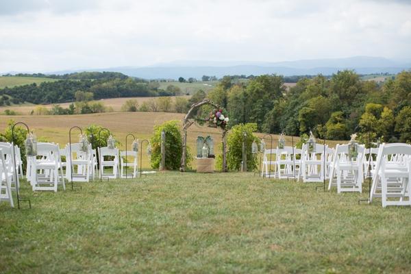 SomethingTurquoise_DIY_winery_wedding_Gayle_Driver_Photography_0021.jpg