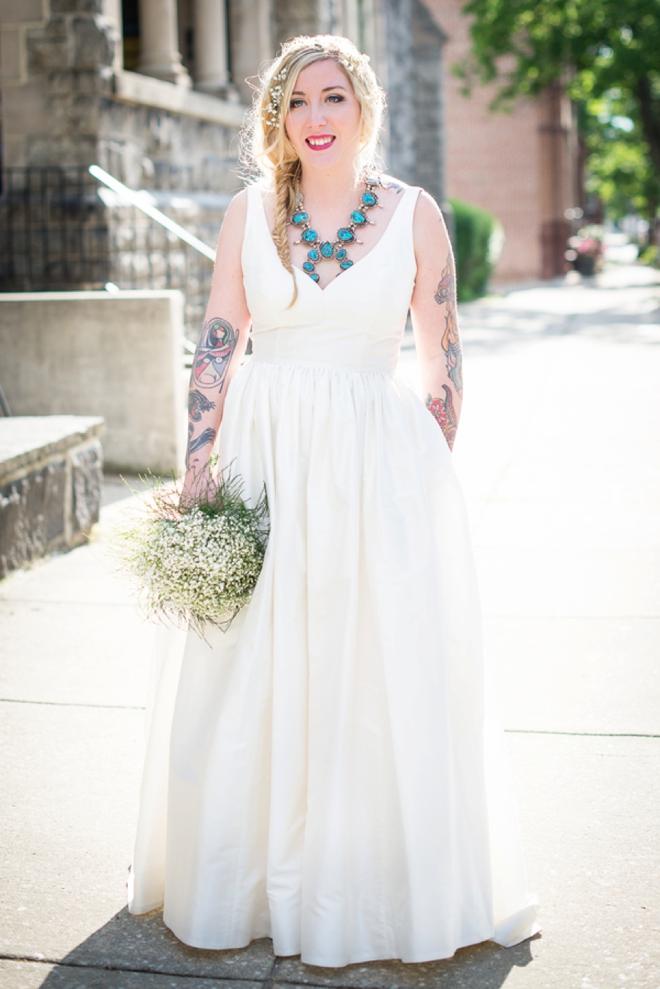 Gorgeous boho bride.