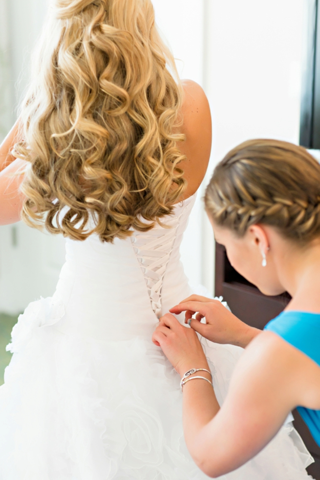 The beautiful bride getting ready...