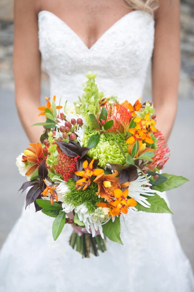 Gorgeous fall wedding bouquet