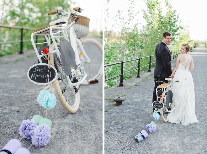 We're swooning over this fun bicycle with 'Just Married' trail!