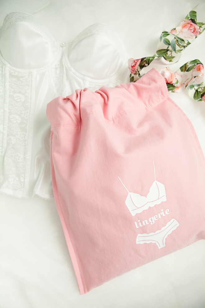 Learn how to make this darling lingerie bag, the easy way!