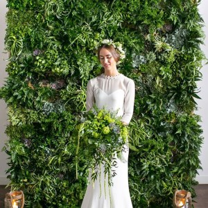 Greenery walls for the win!