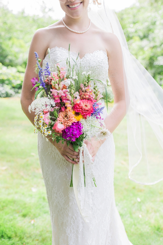 The beautiful Bride and her stunning bouquet!
