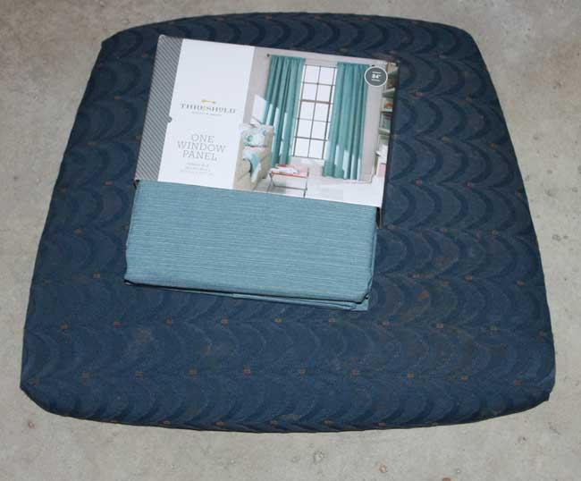 bar stool makeover chair cushion recover : bar stool makeover chair cushion with fabric from sometimes-homemade.com size 650 x 538 jpeg 31kB