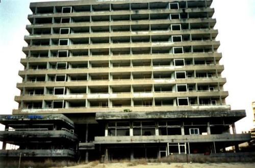 Varosha-Famagusta-Cyprus-abandoned-building