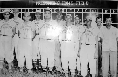 1940's Baseball team at Pressmen's Home.