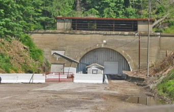 Laurel-Hill-Tunnel-entrance