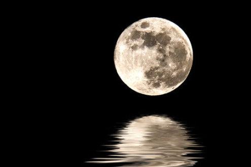 Moon-Over-Lake