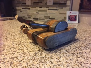 wooden tank toy by soraci