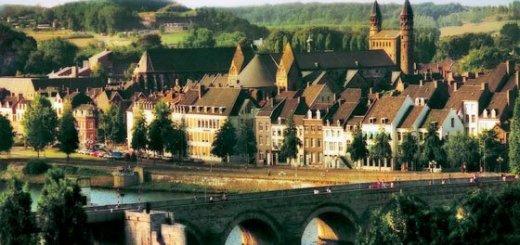 24461_fullimage_Servaasbrug-walking-Maastricht_560x350