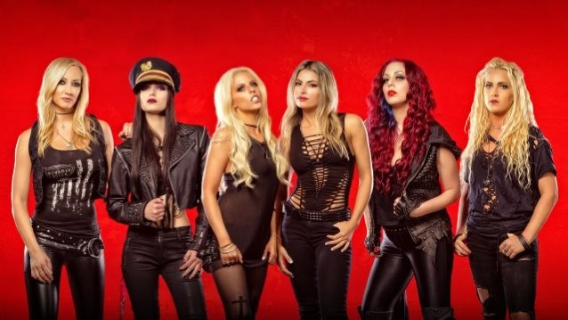 WE START WARS Feat. NITA STRAUSS: Video Footage Of Live Debut
