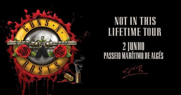 Watch GUNS N' ROSES Perform SOUNDGARDEN's 'Black Hole Sun' In Lisbon