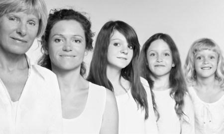 9 возрастов женщины в оригинальном фотопроекте