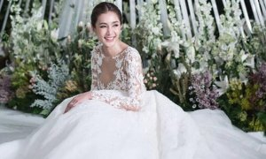 noey-chotika-wedding-dress