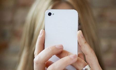 o-smartphone-facebook