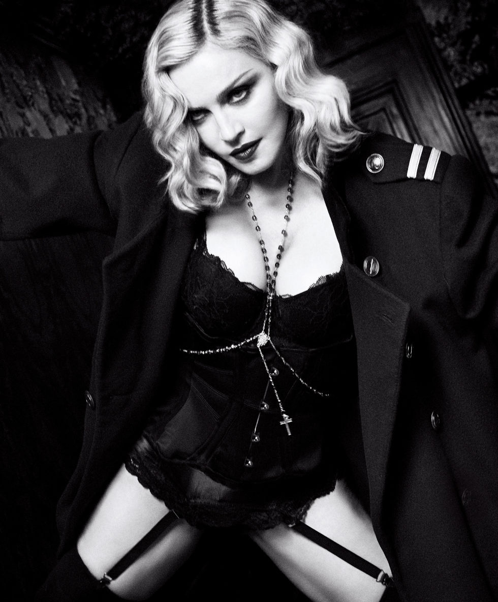 gallery-1483653538-hbz-madonna-february-2017-09
