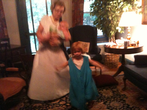 Mae, Jane and Grammy Put on a Show