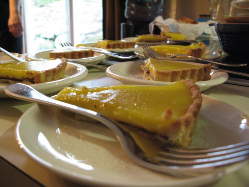 Recipe: Lemon Tart with a Layer of Chocolate