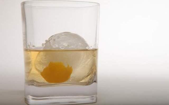 Cocktail Recipe: Applejack Old Fashioned