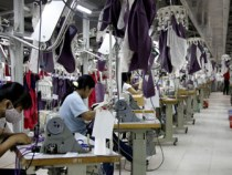 Vietnam Textile Factories Propose Wage Freeze to Boost Competitiveness