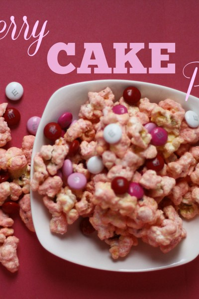 Strawberry Cake Popcorn