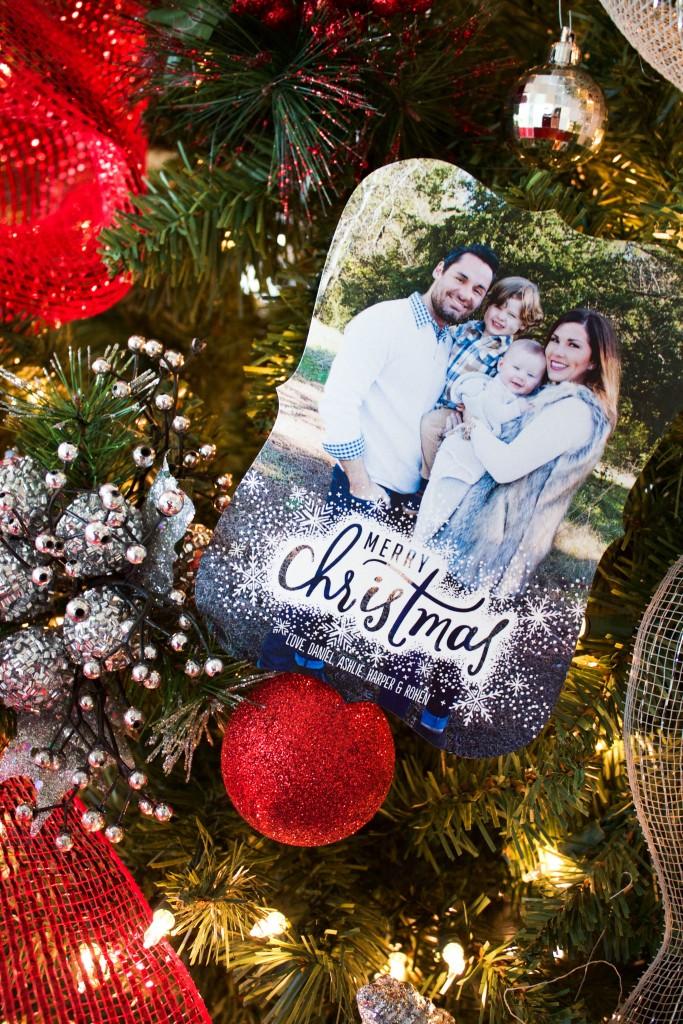 lined-christmas-envelopes