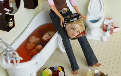 Barbie como psicópata asesina y adicta al bondage