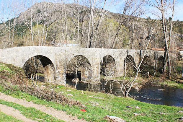 El Puente Viejo de Boñar