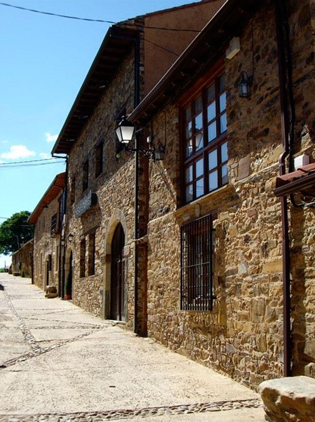 Arquitectura tradicional en Rabanal del Camino en la Maragatería