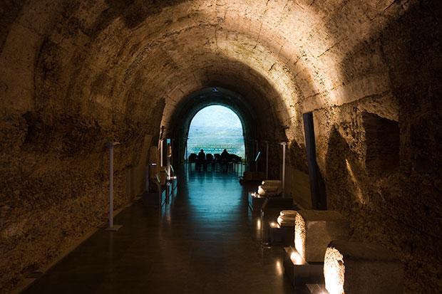 Interior de la Ergástula romana de Astorga
